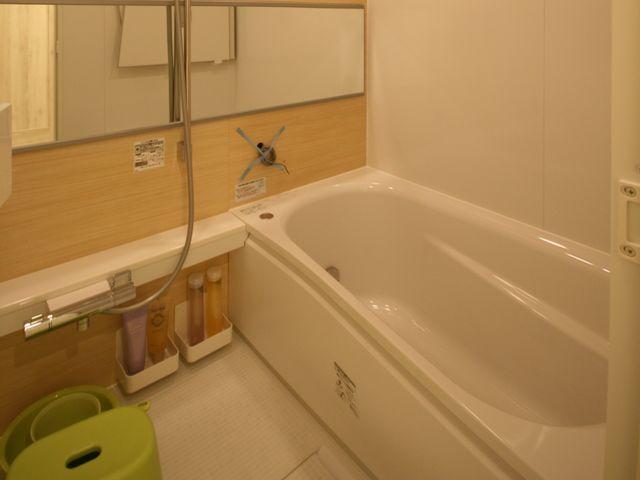 タイル張りの浴室をシステムバスに交換