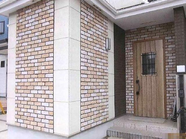 玄関まわりの外壁と玄関ドアをリフォーム
