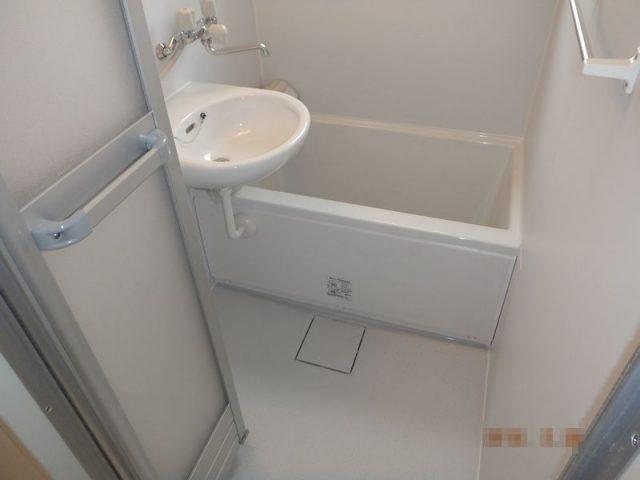 バランス釜の浴室からシステムバスへ