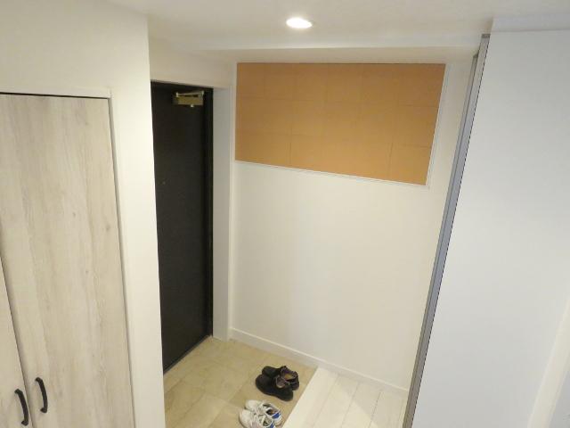 湿気対策を含んだマンションの玄関リフォーム